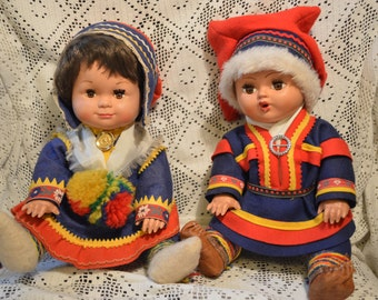 Saami doll couple. Vintage saami dolls. Souvenir dolls from Lapland, Finland