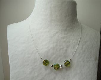 Necklace green reflecting beads