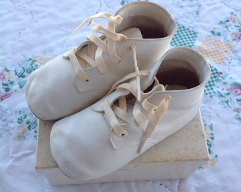 Sweet Vintage Mrs.Day's Ideal Baby Shoes