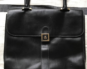 Vintage leather top handle bag in black