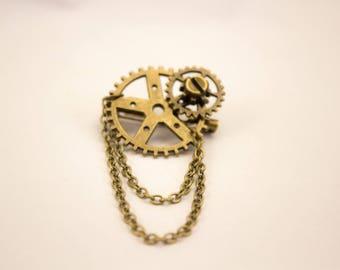 Steampunk inspired brooch