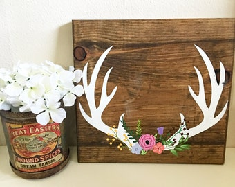 Semi-Customizable Floral Antler sign