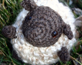 Sheila | Digital Crochet Pattern | Amigurumi Sheep