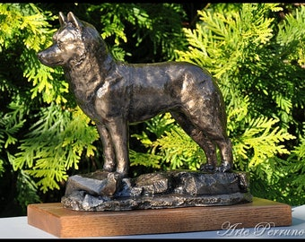 SIBERIAN HUSKY - unique dog sculpture