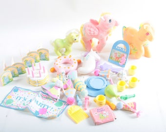 Vintage My Little Pony, Huge Lot, Birthday Party, Cake, Banner, Plates, Cards, Hats, Favors, ~ The Pink Room ~ 161002A