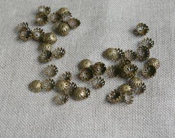 10 *-filigree bronze bead caps, bronze metal flower - 8mm