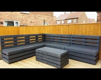 Garden corner lounger