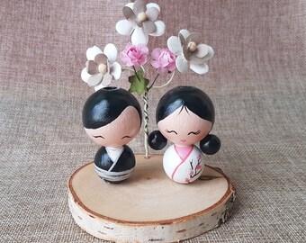 Japanese Cake Topper, kokeshi cake topper, wooden peg doll, Customized Cake topper, asian cake topper, asian wedding, destination wedding
