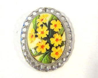 Vintage Retro jewelry silver tone Painted Flower Pin/Brooch