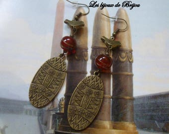 Long Bohemian earrings red and bronze Indian bead and bronze metal