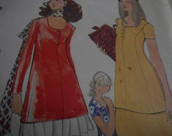 SALE Vintage 1970's Vogue 7782 Dress or Tunic and Skirt Sewing Pattern, Size 10 Bust 32 1/2 or Size 12 Bust 34