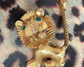 Funky Vintage Leo the Lion brooch pin