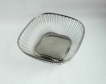 Vintage Italian ALESSI Square Stainless Steel Wire Fruit / Bread Basket, Italian Design. 1970's