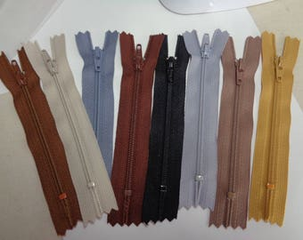 Various colors of 4 Inch Doll Clothes Zippers