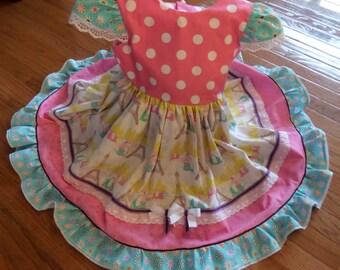 SALE . SALE . SALE . Ooooo La la Poodles in Paris . Size 4 . Little girls ruffled swirly Capped Sleeve Cotton Dress