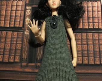 Handmade Blythe / Azone / Obitsu / Barbie doll gray dress with lace