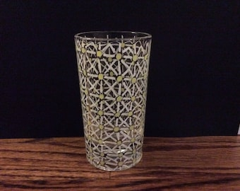 Daisy glass candle holder