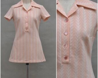 Vintage dress top, 1960's / 70's shirt style, tunic top, Pretty pink / white woven design, Dagger collar, Micro mini dress, Mod