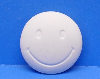 Ready To Paint/DIY/Plaster/ChalkWare/PlasterCraft Flat Back Magnet Small Smiley Face #540