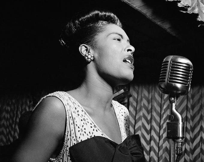 Billie Holiday Legendary American Jazz Artist - 5X7 or 8X10 Publicity Photo (NN-101)