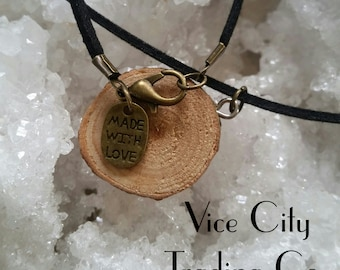 "16"" Vegan Black ""Leather"" & Rosewood Necklace"