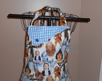 Wizard of Oz - Women's Apron - Ruffle - Pocket - Dorothy - Cowardly Lion - Scarecrow - Emerald City