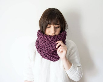 Knit Scarf Chunky Cowl - The ROOT Scarf - Purple Mauve Knitted Wool Circle Scarf