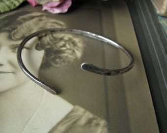Vintage Modernist STINN Sterling Silver Hammered Cuff Bracelet, STINN Silver Cuff Bracelet, Handmade STINN Silver Bracelet