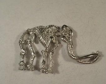 new...woolly mammoth Skeleton pendant