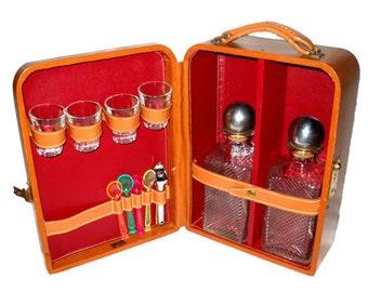 Vintage Drinks Set