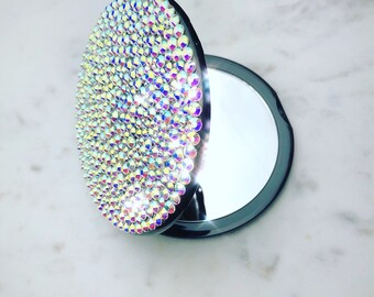 Rhinestone Crystal Magnifying Compact Mirror for Makeup Application