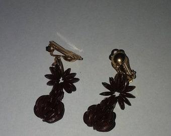 Clip on Vintage earrings 2 in len-earrings-vintage earrings-earrings gift- clip ons- clip on earrings- womans earrings-