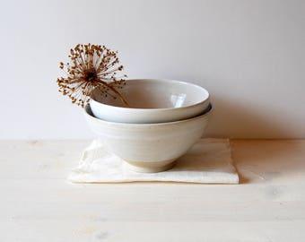 Nesting bowls Serving bowls Ceramic bowls Pottery bowls Stacking bowls Ceramics and pottery Bowl set White ceramic Modern pottery gift