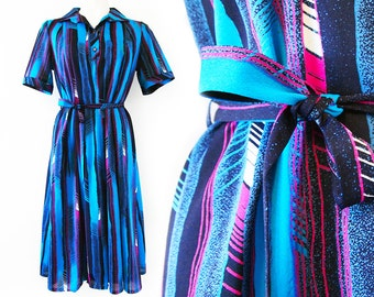 Turquoise black pink vintage dress with a belt and short sleeves, size EU 38 / UK 10 / US 8