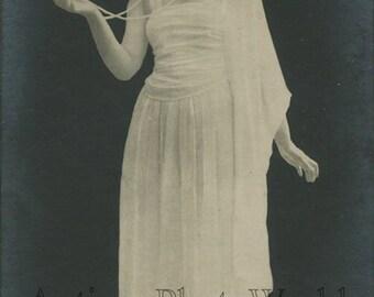 Beautiful Russian silent film star Vera Kholodnaya antique photo pc Russia