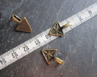 Bail to stick, bronze, triangle, set of 10 DESTASH