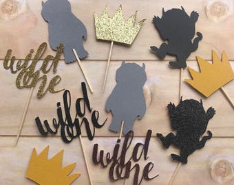 Where the wild things are solid & sparkle toppers with wild one toppers AND characters / where the wild things are party decor