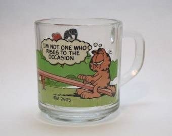 Vintage 1970s McDonald's Anchor Hocking Jim Davis' Garfield and Odie Clear Glass Mug I'm Not One Who Rises to the Occasion