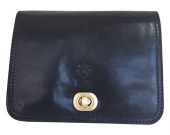 Vintage women black leather shoulder bag