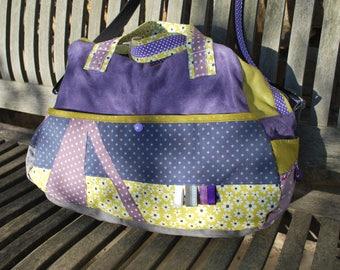 Sac à langer en tissu évolutif en sac weekend, sac de voyage mutlipoches, sac réalisable sur commande et personnalisable