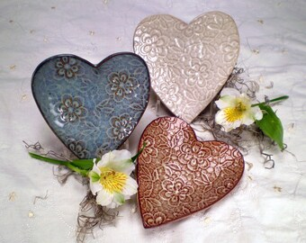 Heart Plate with Lace Pattern, Pottery Soap Dish, Jewelry Holder, Spoon Rest, Candle Holder, Ceramic Dish, Handmade Pottery, Ring Tray