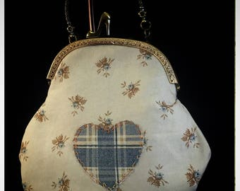 Large Kiss-Lock Purse Handbag with Hand-Applique - Vintage, Victoriana, Bridal #3051