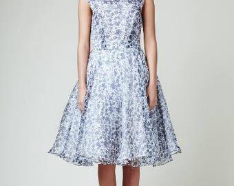 Gray prom dress Grey silk dress Fit and flare 1950 party dress Gray wedding dress Grey bridesmaid dress Organza silk dress Full circle dress