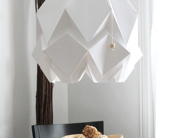 XL origami lamp handmade in paper | Oversized pendant light | Perfect for your dining room or great volumes | Available in different colors