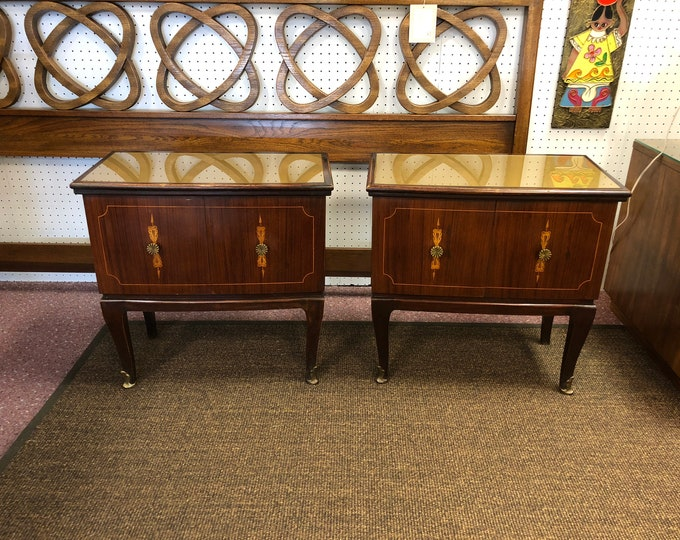 Pair of Italian Mid Century Modern Bedside Cabinets / Nightstands / Side Tables, C. 1950s, Paolo Buffa