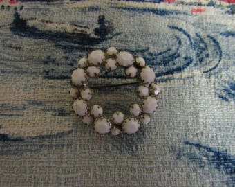 1940s/50s silver-tone & milk glass wreath circle brooch