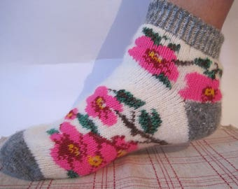 Knitted of quality Angora wool yarn Nordic women socks Beautiful Knitted pattern of Violets EU-38-40/ US- 8-9 Soft warm and very comfortable