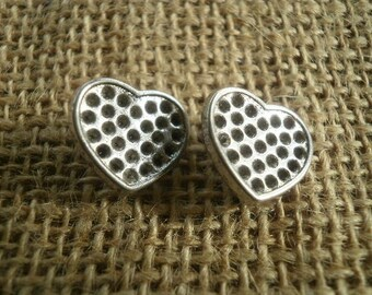 Set of 3 pearls passers silver metal hearts, size 15 mm