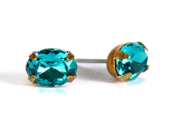 Estate style teal green rhinestone crystal stud earrings READY to ship (329)
