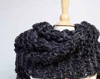 Chunky Knit Scarf Pattern, Easy Knit Scarf Knitting Pattern, Chunky Cowl Pattern